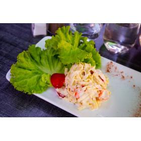 Salade Marco Polo aux pâtes et surimi